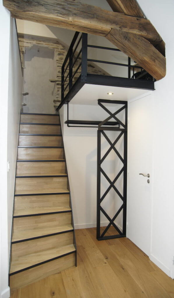 Architecte d 39 interieur nantes am nagement de cuisines for Renovation escalier bois interieur